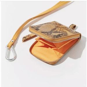 NWT Urban Outfitters Carabiner Necklace Pouch